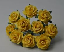 LIGHT YELLOW ROSES (2.5 cm) Mulberry Paper Roses